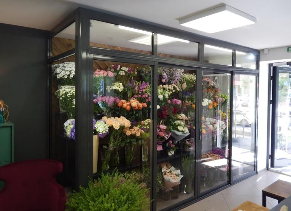 Чому квіти в'януть або як зберегти їх свіжість?